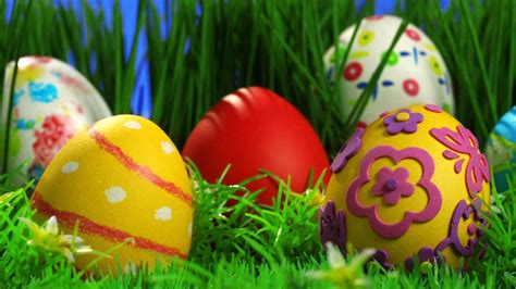 decorated easter eggs decorated easter eggs in grass hd wallpaper 187 fullhdwpp