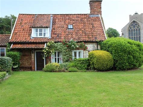 Briar Cottages briar cottage in heacham this semi detached cottage is located in heacham and can sleep four