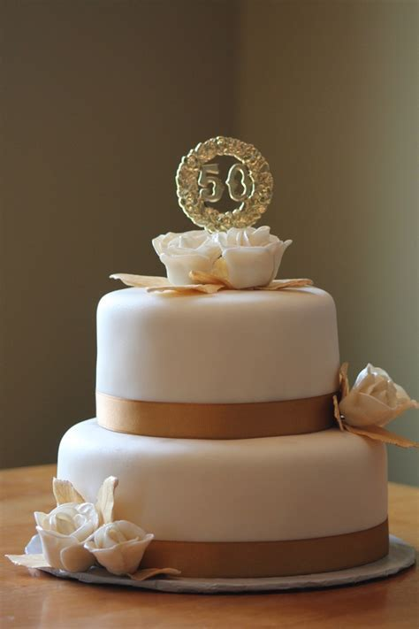 Wonderful 50th Wedding Anniversary cake!   Perfectly Piped