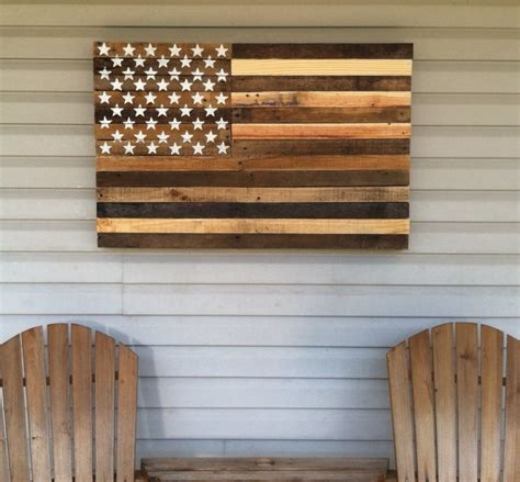 diy upcycled pallet wall decoration recycled things