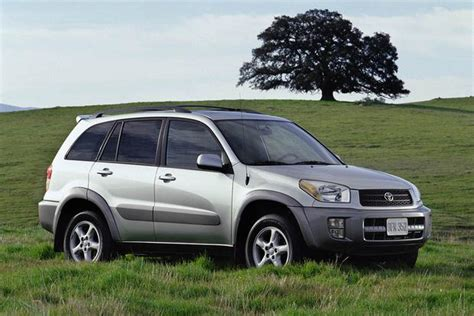 Toyota Which 2001 2007 Ford Escape Vs 2001 2005 Toyota Rav4 Which Is