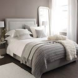 Gray And White Bedroom by 25 Best White Bedding Ideas On Pinterest White