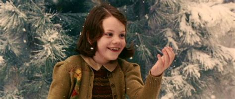 narnia film lucy strong female characters lucy pevensie jo writes stuff