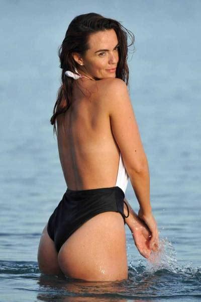 emily lawrence actress hollyoaks 27 photos de jennifer metcalfe 233 lue plus bel quot arri 232 re quot de
