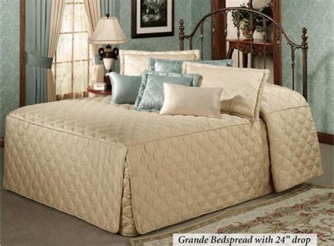 Fitted Quilted Bedspreads by Update Where To Find Quilted Fitted Bedspreads Now In