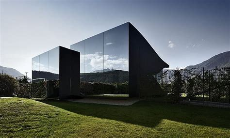 Peter Pichler`s Invisible Mirror Houses