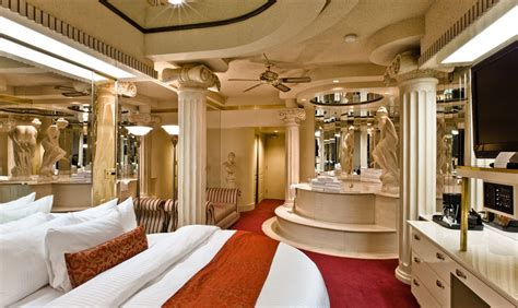 fantasyland themed hotel rooms