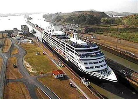 ships in the panama canal azamara quest cruise ship