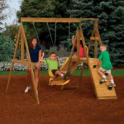 Small Backyard Swing Set by 25 Best Ideas About Swing Sets On