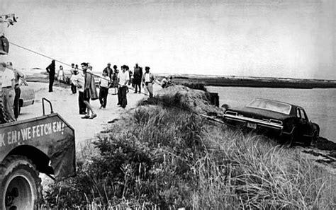 Chappaquiddick Land Bridge July 18 1969 Ted Kennedy Drives His Car A Bridge On Photo 2362997 74297 San Antonio