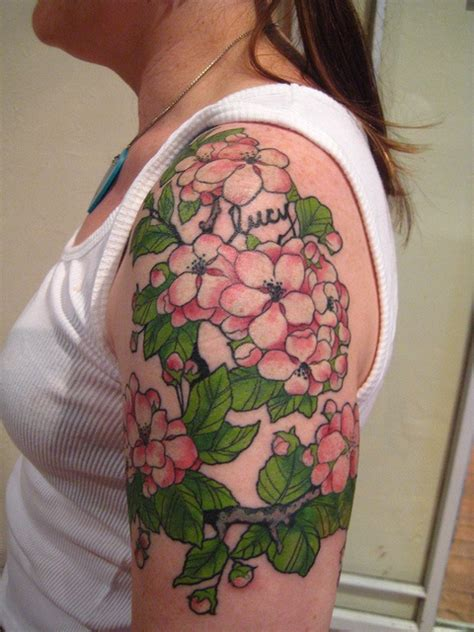 tattoo apple valley love the color tattoo s ink me pinterest apple