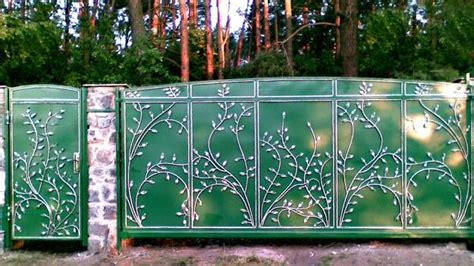Metallzaun Lackieren by Colorful Painting Ideas For Fences Adding Bright
