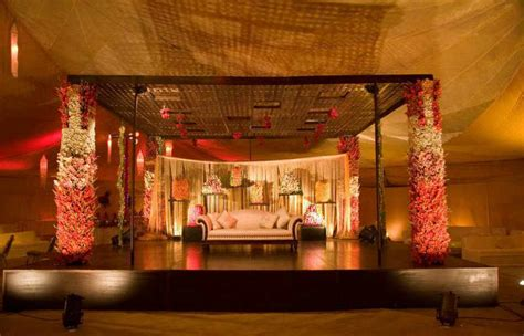 must tips for pakistan weddings stage decoration wedding