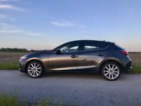 2017 mazda 3 hatchback review