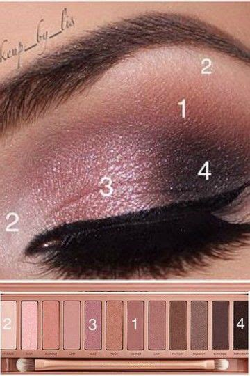 3 Eyeshadow Decay hh makeup artist using decay 3 palette