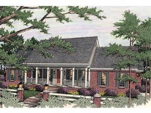 country ranch house plans country ranch home plans 171 floor plans