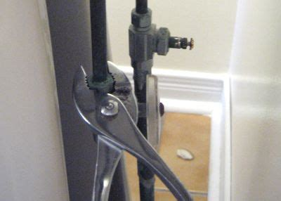 changing kitchen faucet do yourself bathroom faucet replacing bathroom faucet