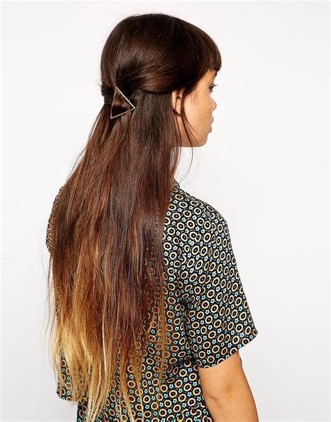 how to avoid triangle hair asos asos triangle hair brooch at asos