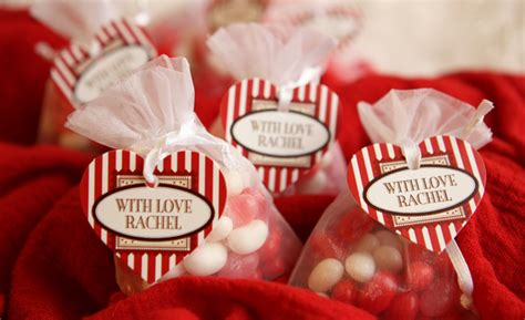 s day favors valentine s day is on it s way evermine