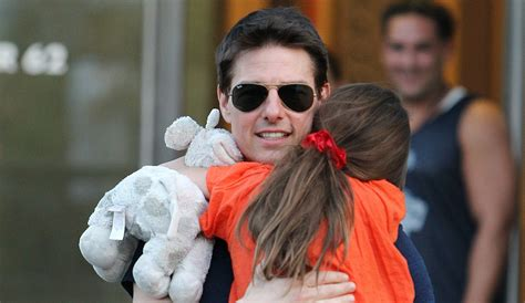 tom cruise and suri 2016 tom cruise and daughter suri not reunited despite reports