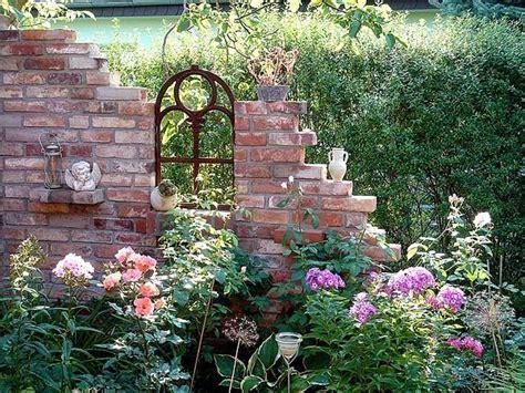 miniature gardening com cottages c 2 im trend eine ruine als gartendeko sch 246 ne g 228 rten