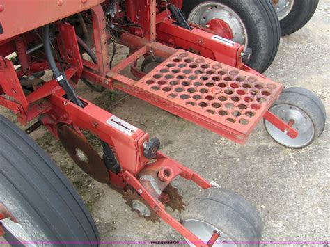 international 800 cyclo air planter parts only