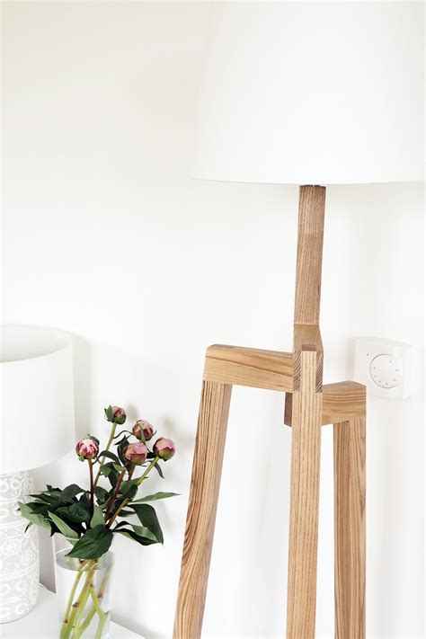 wooden tripod floor l iconic lights scandinavian wooden tripod floor l review