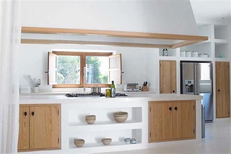 ante in legno per cucine in muratura cucina in muratura 8 idee che te ne faranno innamorare