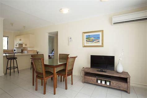 2 bedroom apartments port douglas accommodation port douglas tropical reef apartments call 1300 780 806