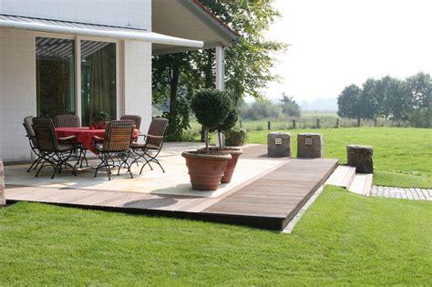 terasse mit holz terrasse bauen holz oder stein das beste aus wohndesign