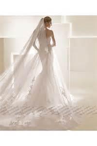 ロングベールも似合います 女性らしい マーメイドラインのウェディングドレス naver まとめ