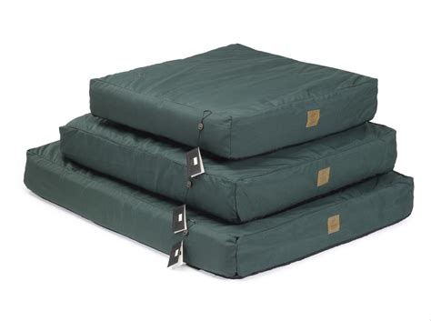 waterproof dog beds waterproof dog beds best beds for muddy paws