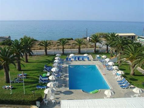 Golden Sands Hotel, St George South, Corfu, Greece. Book