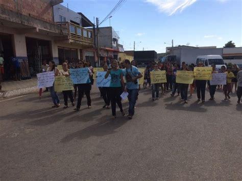 salario de um pe preto 2016 exrcito g1 professores protestam contra atraso nos sal 225 rios em