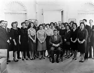 st 22 1 61 president f kennedy with white house