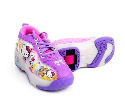 Sepatu Bola Untuk Anak Kecil sepatu anak sepatu newhairstylesformen2014