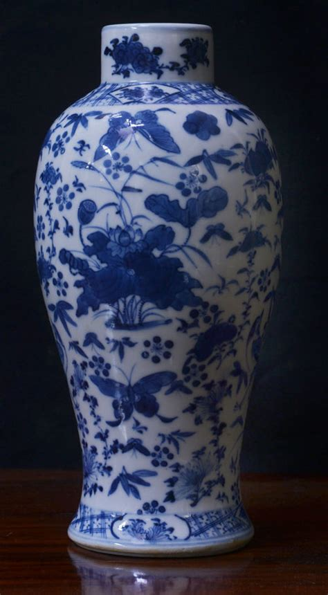 Blue And White Vase by Antiques Atlas Blue And White Vase