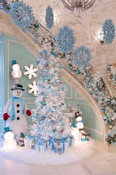 christmas themes in blue create your own tiffany blue christmas turtle creek lane