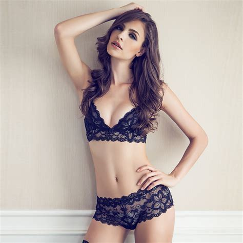 Bra Set With Sweet White With Black Flower T2909 1 luxury lace floral set ultra thin wirefree bra set beautiful white black