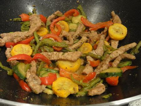 cuisine chinoise porc wok de porc et l 233 gumes 224 la chinoise la marmite de c 233 cilou