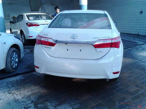 Toyota Altis 1 6 Review Toyota Indus To Launch Corolla Altis 1 6 Soon Pakwheels