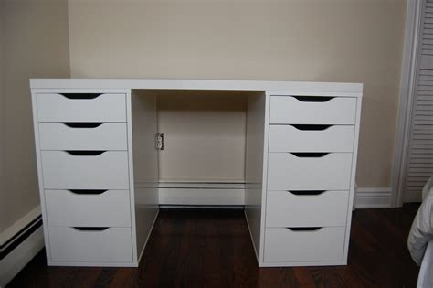 White Vanity Table With Drawers Bedroom Luxurious White Makeup Vanity With Drawers For Bedroom Furniture Decorating Founded