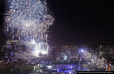 new year celebrations edinburgh edinburghs hogmanay edinburgh festival city