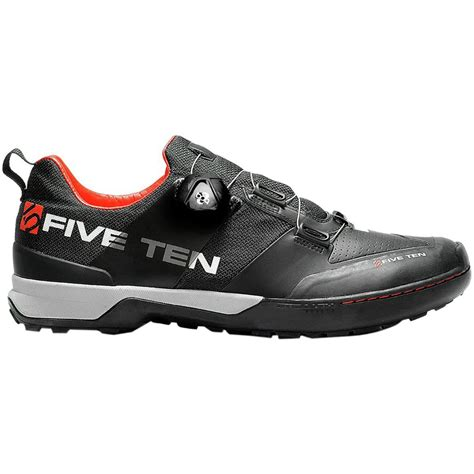 mountain bike shoes clipless five ten kestrel clipless shoes s competitive cyclist