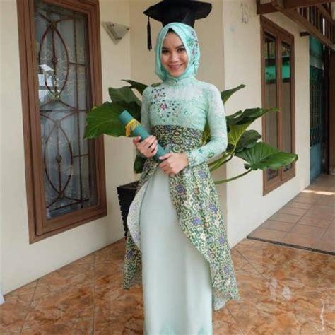 Zena Gamis Syari Anak 24 model kebaya wisuda muslim yang modern fashion muslim
