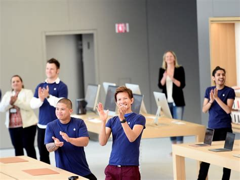 mazad online apple s stores getting new look as other retailers