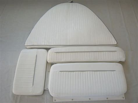 boat cushions boston whaler boston whaler dauntless 13 complete cushion set 495