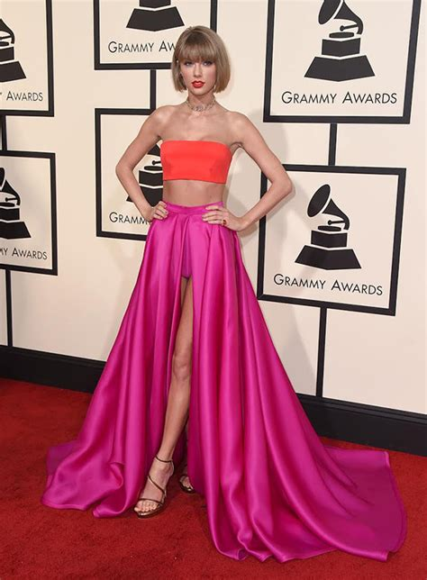 taylor swift dress youtube taylor swift s dress at grammys 2016 stuns in crop top