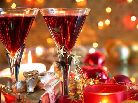 5 christmas cocktails to whip up this season glamasia