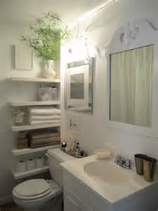 50 small bathroom ideas that you can use to maximize the